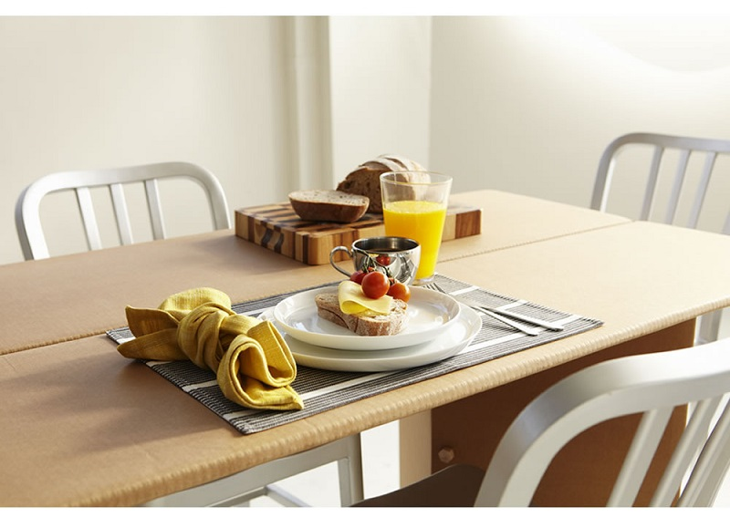 Kitchen table - Karton